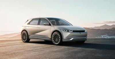 Το Hyundai Ioniq 5 είναι πιο ιδιαίτερο ακόμη και από ένα Tesla. Στην Ελλάδα, το καλοκαίρι!