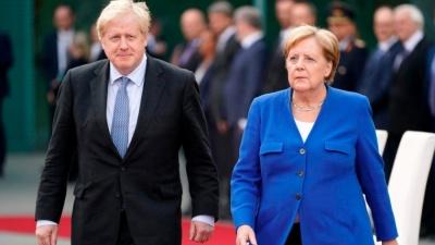 Λονδίνο και Βερολίνο καταδικάζουν τη σύλληψη του Βρετανού πρεσβευτή στο Ιράν