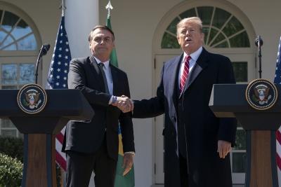 Κατά της βοήθειας των G7 για τον Αμαζόνιο ο Trump - Θέλει ο ίδιος να σώσει την κατάσταση