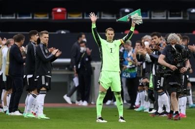 Euro 2020: Ο Νόιερ «απειλεί» Κασίγιας-Μπουφόν (video)