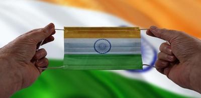 Ινδία: Πάνω από 400.000 οι νεκροί λόγω covid – Σε ύφεση το β' κύμα