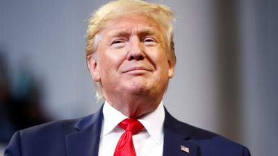 Trump: Περίπου το ήμισυ των Αμερικανών θα ήθελαν να ξαναβάλει υποψηφιότητα για πρόεδρος το 2024!