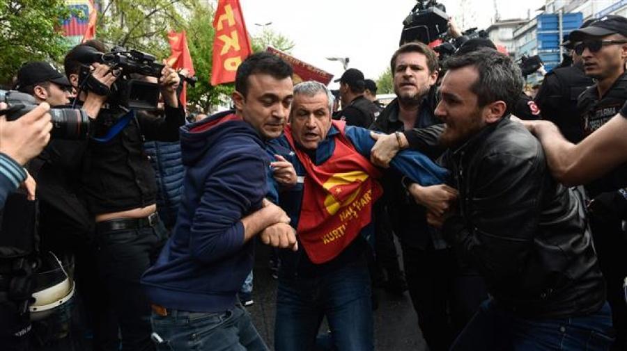 Τουρκία: Επεισόδια και δεκάδες συλλήψεις στην Κωνσταντινούπολη σε διαδηλώσεις για την Εργατική Πρωτομαγιά