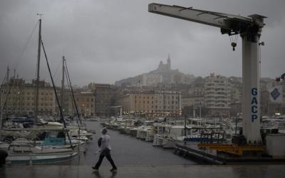 Κακοκαιρία στη Γαλλία: Χωρίς ηλεκτρικό ρεύμα 120.000 νοικοκυριά