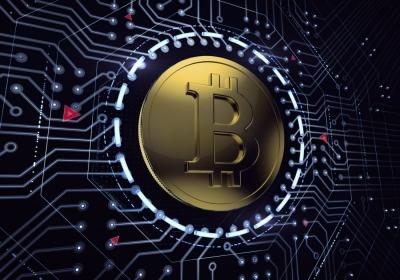 Από τα 43.000 στα 49.000 δολάρια το Bitcoin – Θα συνεχίσει ανοδικά ή ο κίνδυνος μεγάλης διόρθωσης παραμένει;