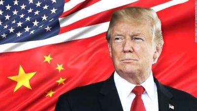 Ο Trump ενισχύει την απαγόρευση των επενδύσεων σε εταιρείες που πιστεύεται πως ανήκουν στον στρατό της Κίνας