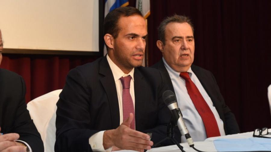 Αντιμέτωπος με ποινή φυλάκισης ο πρώην βοηθός του Trump, G. Papadopoulos
