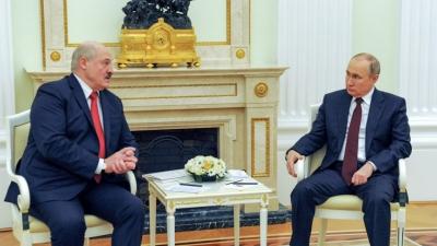 Συνομιλίες Putin – Lukashenko στο Σότσι, στη σκιά της εκτροπής του αεροσκάφους της Ryanair
