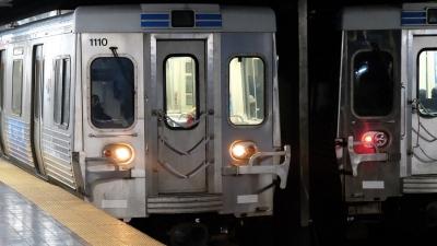 ΗΠΑ: Άντρας βίαζε γυναίκα μέσα σε συρμό του μετρό και οι επιβάτες τραβούσαν βίντεο