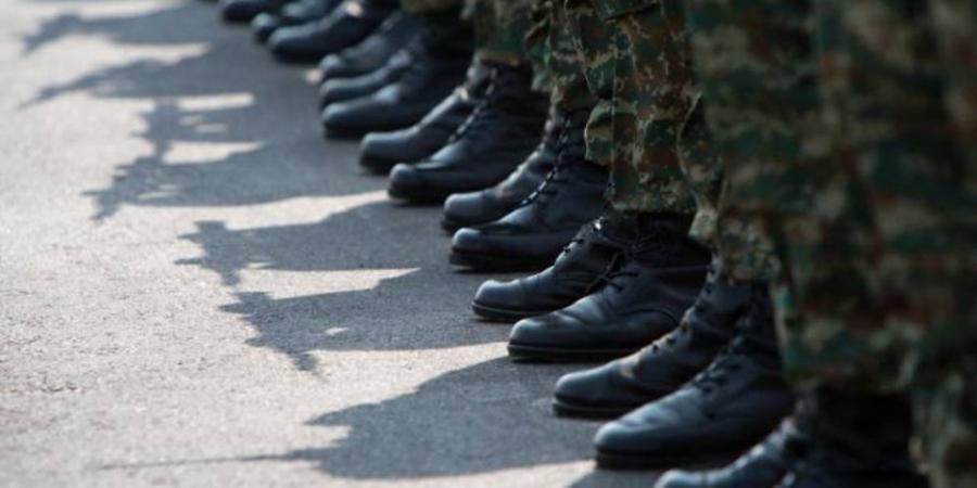 Αυξάνεται η στρατιωτική θητεία – Ποιοι θα κάνουν 12 μήνες και ποιοι 9 – Το ΦΕΚ