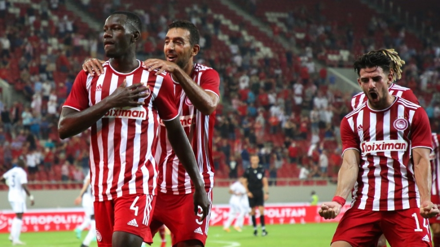 Oλυμπιακός – Νέφτσι Μπακού 1-0: Έκανε τα εύκολα-δύσκολα, αλλά τα κατάφερε με πρωταγωνιστή τον… Καμαρά! (video)