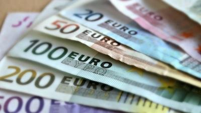 Δεκαπενθήμερο πληρωμών σε 5,5 εκατ. εργαζομένους και συνταξιούχους