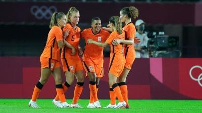 Ποδόσφαιρο Γυναικών: Ισόπαλο το ντέρμπι ανάμεσα σε Βραζιλία και Ολλανδία, έκανε το 2Χ2 η Αγγλία, «ξέσπασαν» οι ΗΠΑ!