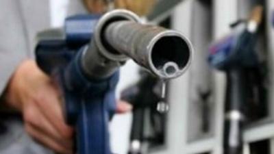 Ο πόλεμος κατά του λαθρεμπορίου καυσίμων διχάζει την κρατική μηχανή