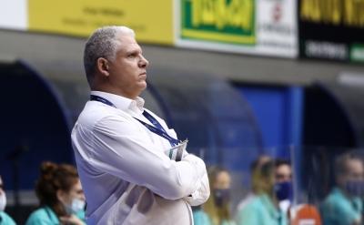 Μανωλόπουλος μετά την ήττα από Κλουζ: «Είμαστε όλοι απογοητευμένοι»