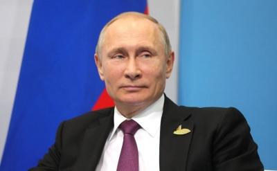 Η Ρωσία θα μειώσει τον αριθμό δημοσίων υπαλλήλων από το 2020