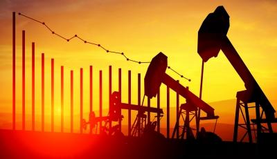 IEA: Η επανεξισορρόπηση της αγοράς πετρελαίου παραμένει εύθραυστη