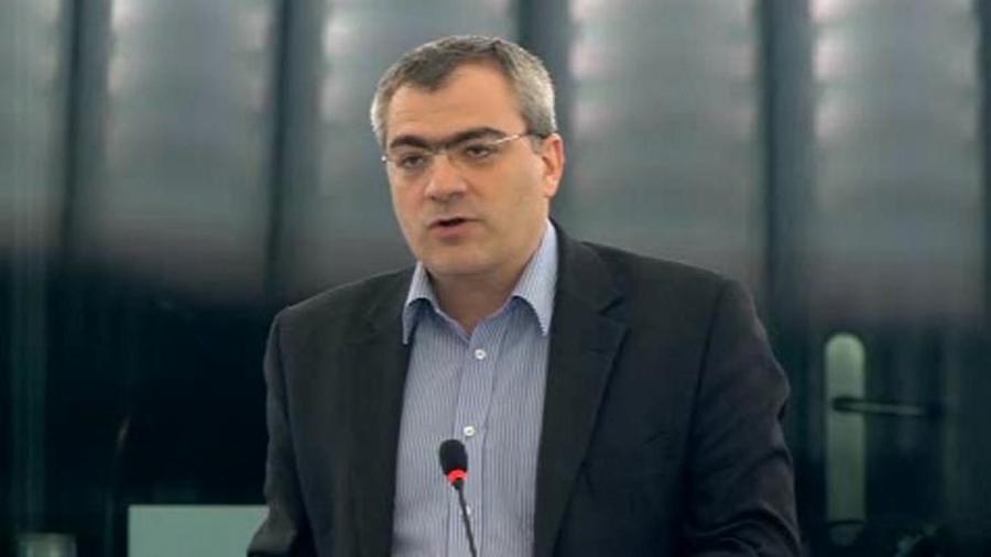Παπαδάκης (ΚΚΕ): Οδυνηρός συμβιβασμός με Τουρκία με στόχο τη συνεκμετάλλευση σε Αιγαίο και Αν. Μεσόγειο