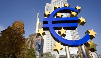 Σήμα κινδύνου από την ΕΚΤ για την υψηλή μόχλευση εταιρικών junk ομολόγων στις ευρωπαϊκές τράπεζες