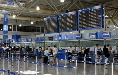 Συνεχίζεται ο επαναπατρισμός Ελλήνων που βρίσκονται στο εξωτερικό – Αυστηροί έλεγχοι στο αεροδρόμιο