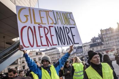 Γαλλία: Απαγορεύονται οι συγκεντρώσεις άνω των 1.000 ατόμων λόγω κορωνοϊού