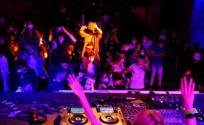 Ισπανία - Covid: Άνοιξε νυχτερινό club με …ψηφιακό πάσο