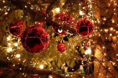 Επιχείρηση «σώστε τα Χριστούγεννα» για να κρατηθεί με 2,5 δισ. η αγορά  - Τελευταίο ανάχωμα για τον προϋπολογισμό του 2020 που πνέει τα λοίσθια