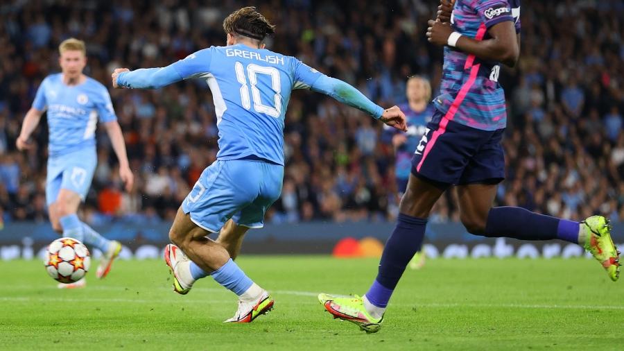 Τζακ Γκρίλις: Το εκπληκτικό ντεμπούτο του Άγγλου στο Champions League, σε ένα όνειρο που πραγματοποιήθηκε έστω και αργά!