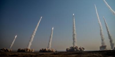 Ιράν: Προχώρησε σε δοκιμές βαλλιστικών πυραύλων και μη επανδρωμένων αεροπλάνων