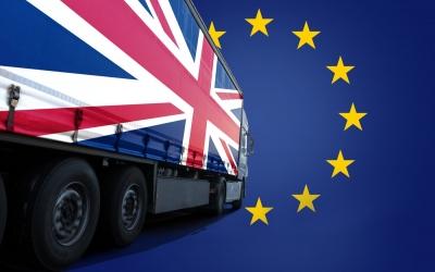 Ηνωμένο Βασίλειο: Βουτιά 75% των εξαγωγών τροφίμων και ποτών προς την ΕΕ