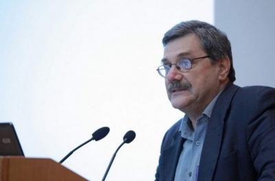 Παναγιωτόπουλος: Μην φοβάστε, εμβολιαστείτε - Δεν υπάρχουν σοβαρές παρενέργειες από τα εμβόλια
