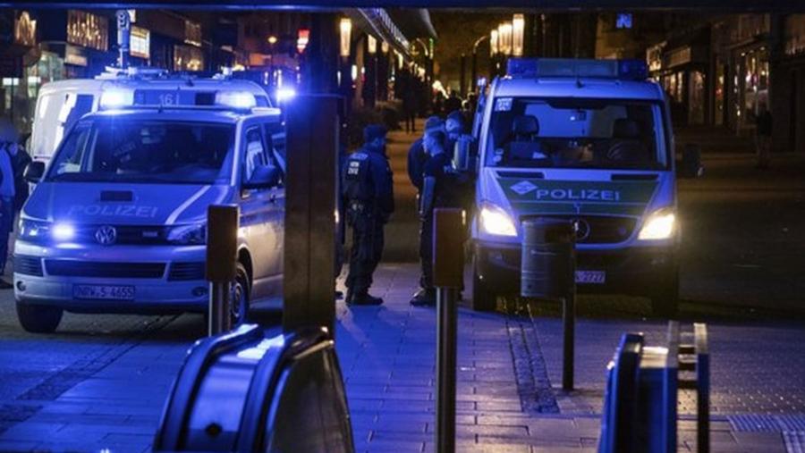 Γερμανία: Τέσσερις τραυματίες σε επεισόδιο με πυροβολισμούς έξω από κατάστημα στο Βερολίνο