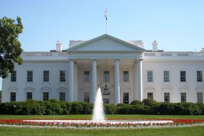 Λευκός Οίκος: Οι Ρεπουμπλικάνοι της Γερουσίας θα στηρίξουν την πρόταση Trump για το νέο πακέτο στήριξης