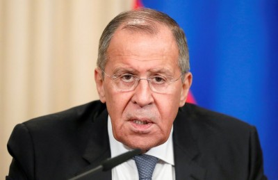 Lavrov: Η Ρωσία θα ανοίξει και πάλι την πρεσβεία της στη Λιβύη -  Στηρίζουμε την πρόταση εκεχειρίας
