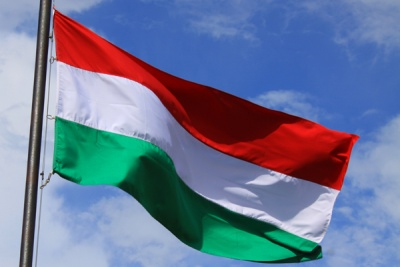 Financial Times: Η Ουγγαρία συνεχίζει τη σκληρή πολιτική της στο μεταναστευτικό