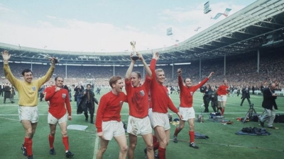 Δείχνει τον δρόμο η Αγγλία του 1966 – Ο μεγάλος τελικός ξανά στις οθόνες σε έγχρωμη μορφή!