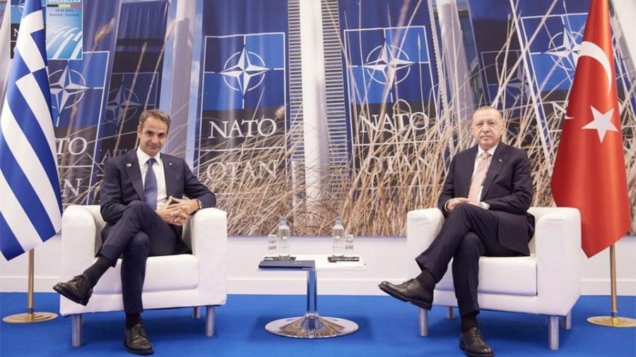 Ανοίγουν δίαυλο επικοινωνίας Ελλάδα - Τουρκία - Τι συζητήθηκε μεταξύ Μητσοτάκη - Erdogan στη Σύνοδο του ΝΑΤΟ