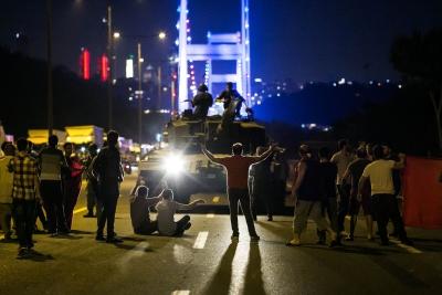 Η Daily Sabah που ασπάζεται τις απόψεις Erdogan αποδομεί την επιχειρηματολογία περί πραξικοπήματος των ναυάρχων