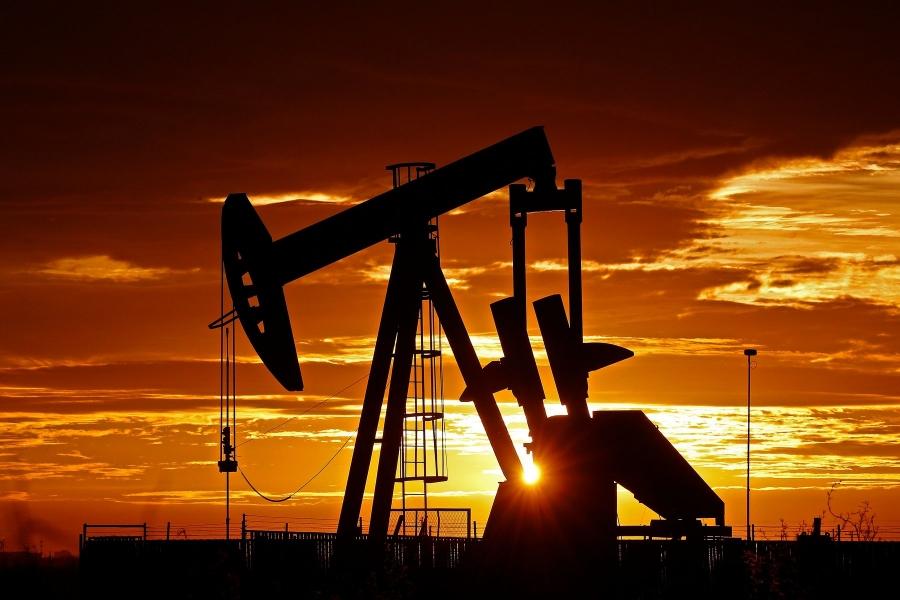 Με άνοδο έκλεισε το πετρέλαιο – Στο +1% και 52,8 δολ. το WTI, +0,9% και 55,9 δολ. το Brent
