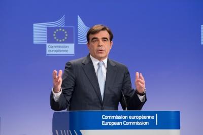 Ο Μ. Σχοινάς είναι ο πρώτος Έλληνας αντιπρόεδρος της Κομισιόν - Πως μοιράζονται τα χαρτοφυλάκια - Επίτροπος Προϋπολογισμού ο Hahn