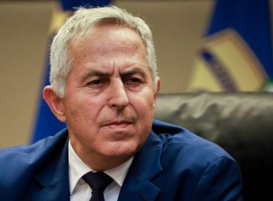 Dombrovskis: Αναγκαία η δημιουργία εθνικής αρχής για τη διαχείριση των NPLs στην Ελλάδα