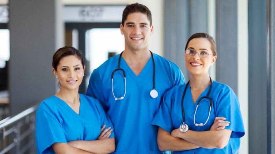 Μια πραγματική ιστορία: Είσαι ιατρός ή νοσηλευτής και πηγαίνεις σε πάρτι; - Ποιος πιστεύεις ότι κόλλησε κορωνοιό;