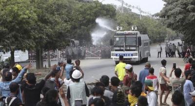 Μιανμάρ: Τουλάχιστον δύο νεκροί κατά την καταστολή των διαδηλώσεων – Αρκετοί οι τραυματίες