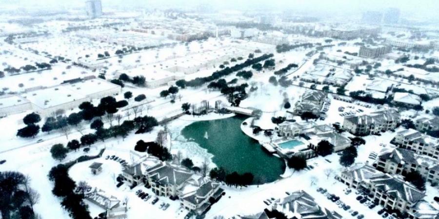 AccuWeather: Η ζημία από την χιονοθύελλα στο Τέξας μπορεί να φθάσει στα 50 δισεκ. δολάρια