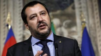 Ο Salvini ζητά από τον Macron την έκδοση  Ιταλών καταζητούμενων για τρομοκρατία