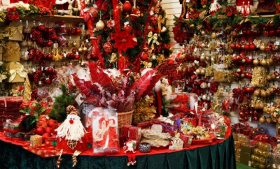 Το εορταστικό ωράριο λειτουργίας των εμπορικών καταστημάτων για τα Χριστούγεννα