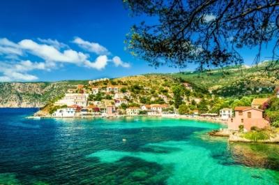 Η Ελλάδα στο καλοκαιρινό target plan των Βρετανών για διακοπές