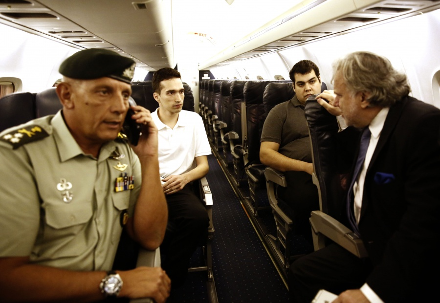 Bloomberg: Ασυνήθιστα δυναμική δημόσια παρέμβαση - προειδοποίηση του Στουρνάρα – Όχι νέο πισωγύρισμα