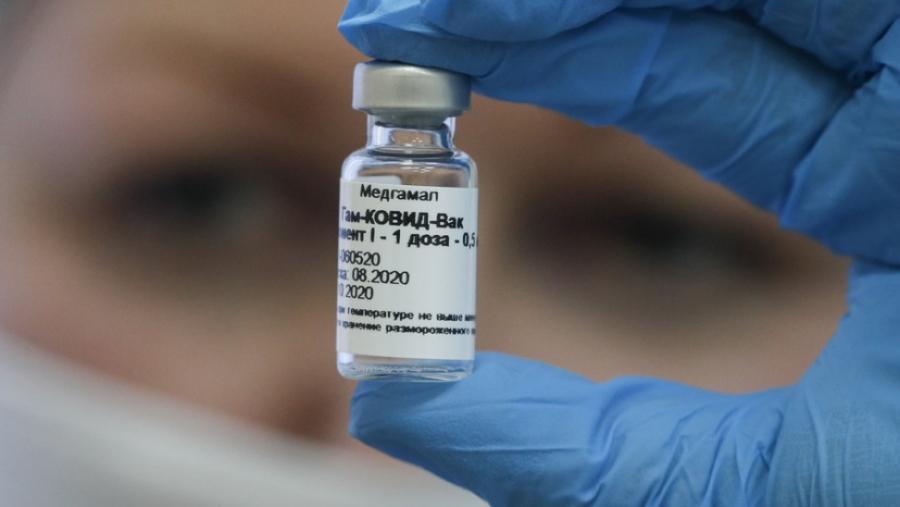 Η Τσεχία δεν περιμένει την ΕΕ και στρέφεται στη Ρωσία για εμβόλια