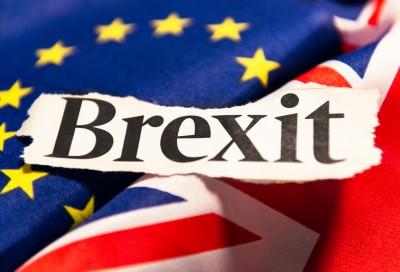 Brexit: Στην κόψη του ξυραφιού οι συνομιλίες, 50 - 50 οι πιθανότητες για εμπορική συμφωνία